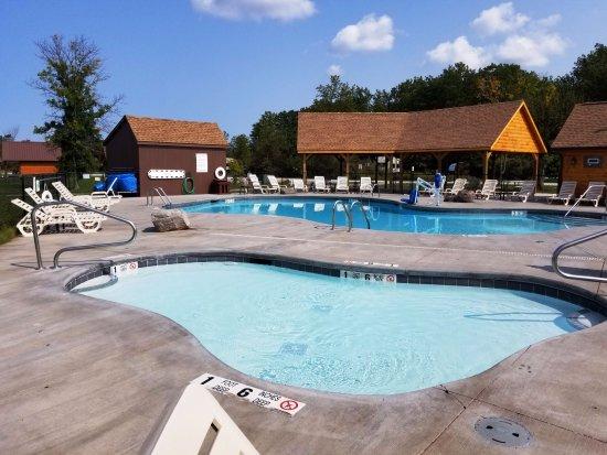 pool spa at Branches of Niagara
